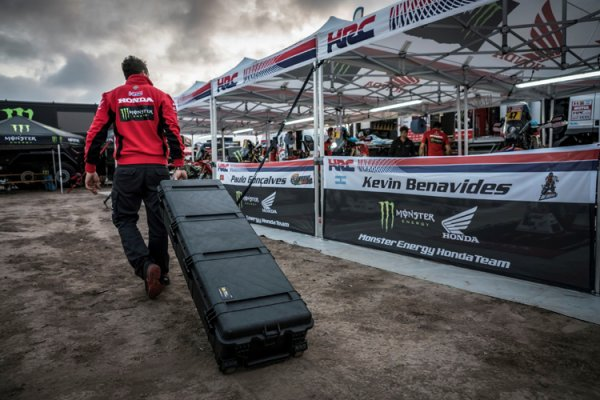 Peli Products Appointed as Official Supplier of The Honda Racing Team for the Dakar 2018!