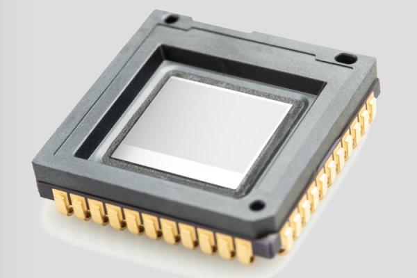 ULIS releases ATT0640™, world's smallest 60 Hz VGA/12 micron thermal image sensor