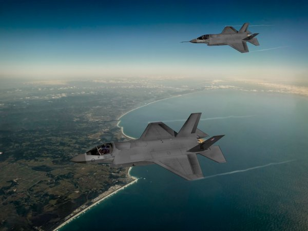 Smiths Interconnect flies high on F-35 aircraft